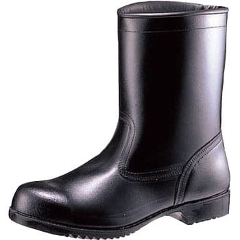 Oil and chemical resistant safety shoes